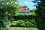 Balatoni panorámás családi ház