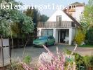 Balatonfüreden teniszpályás ház