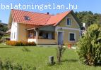 Balatoni kétszintes családi ház (2in1)
